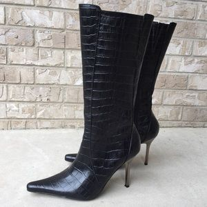 Steve Madden Trixx Leather Heeled Boots Size 8.5🌸